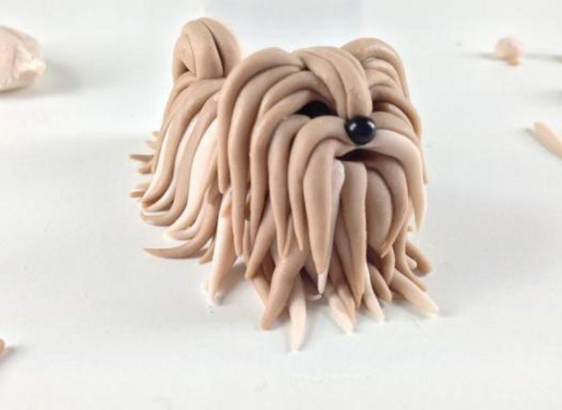 лохматая собака из пластилина
